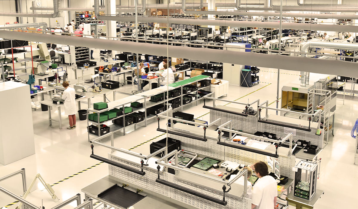 Electronic Components Factory