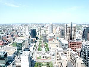 downtown st. louis skyline